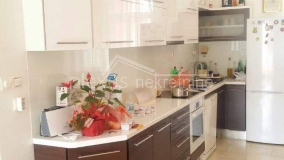 Wohnung, 200 m2, Verkauf, Split - Manuš