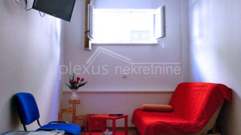 Stan - apartman u prizemlju: Split, Sukoišan, 68 m2