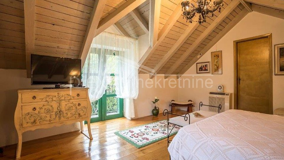 Haus, 120 m2, Verkauf, Omiš - Svinišće