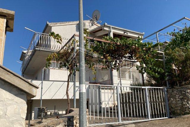 Haus, 447 m2, Verkauf, Okrug - Okrug Donji