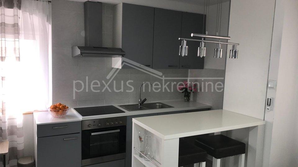 Haus, 75 m2, Verkauf, Kaštel Sućurac