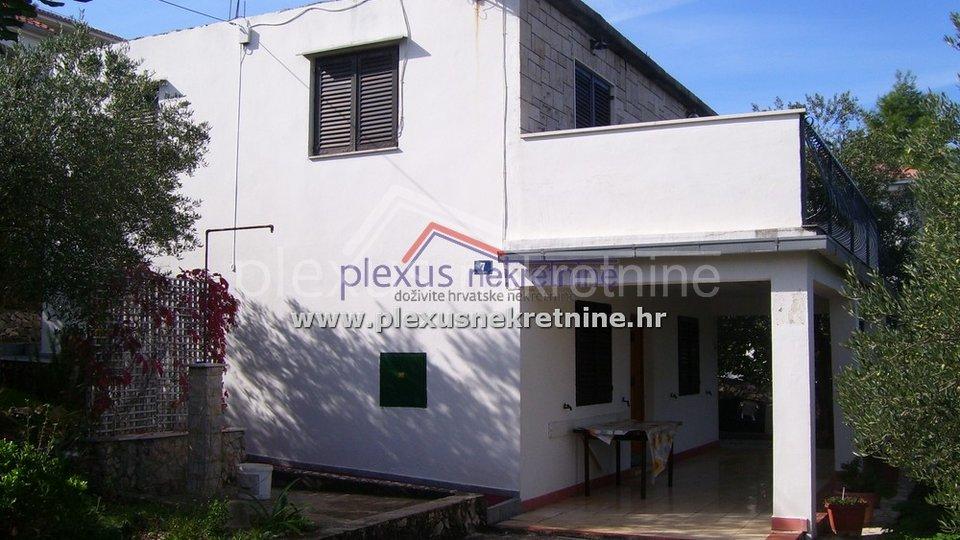 Kuća 80 m od mora: Čiovo, Okrug Gornji, 125 m2