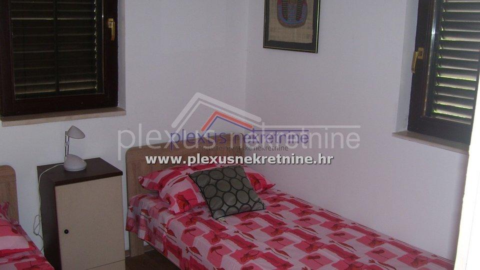 Haus, 125 m2, Verkauf, Okrug - Okrug Gornji