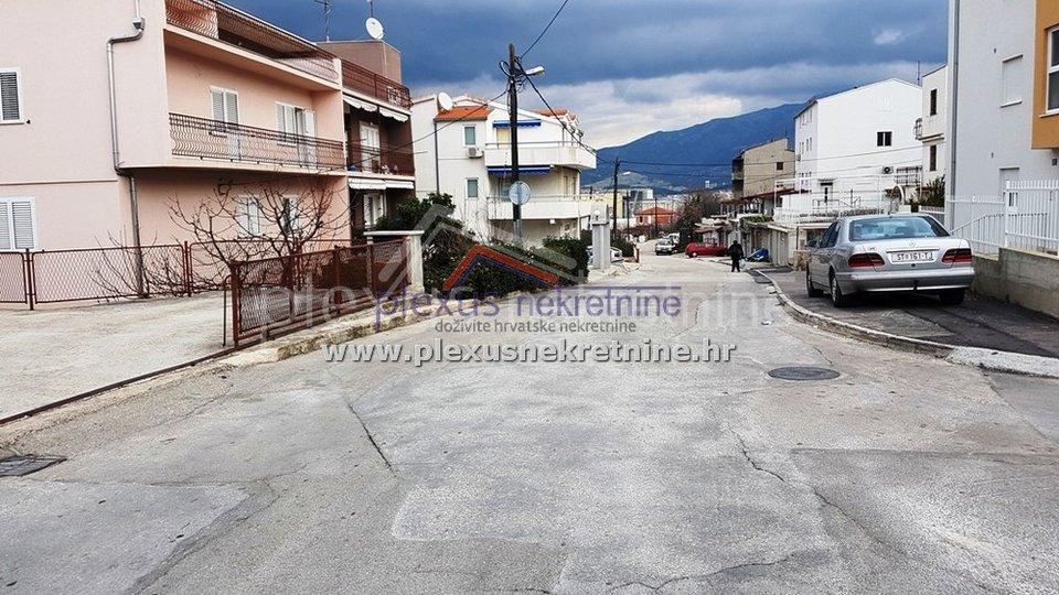 House, 160 m2, For Sale, Split - Brda