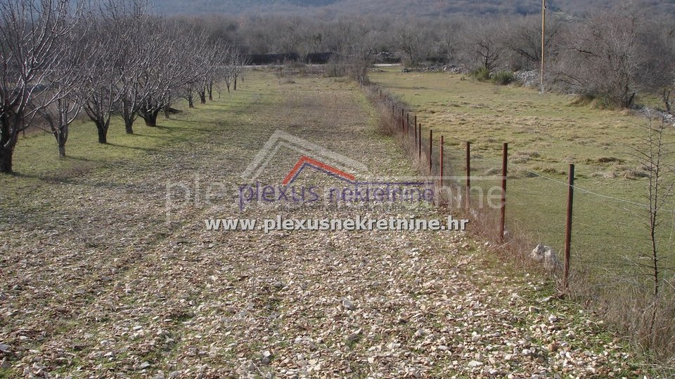 Land, 3500 m2, For Sale, Primorski Dolac