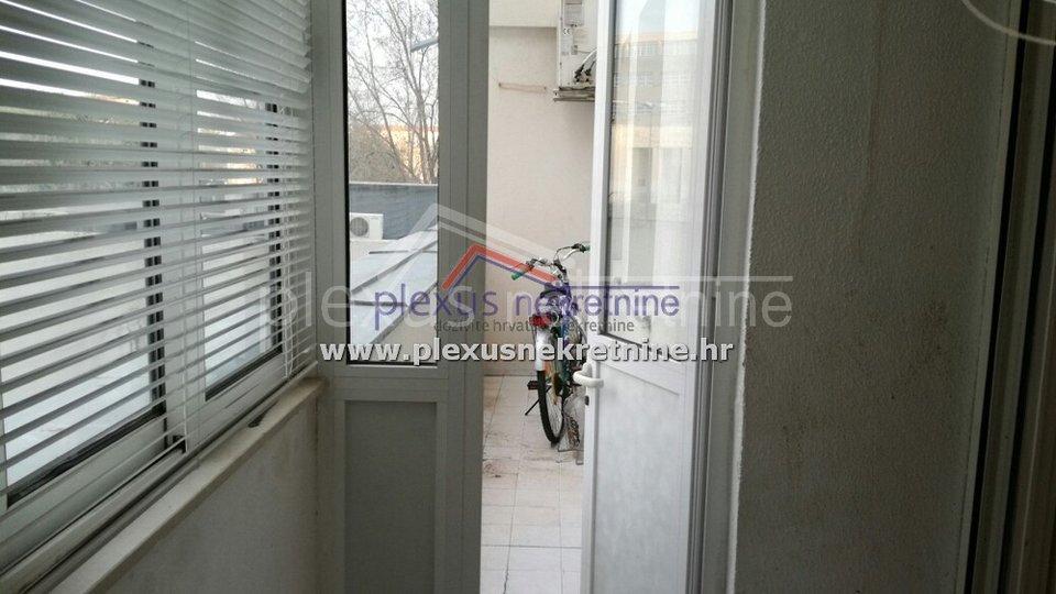 Stan - apartmani za turizam: Split, Spinut, 46 m2