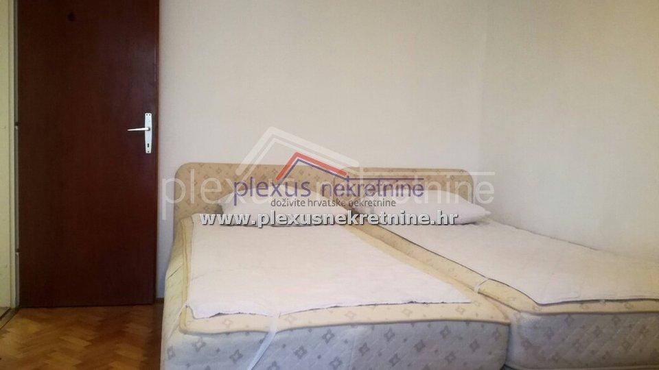 Stan - apartmani za turizam: Split, Spinut, 92 m2