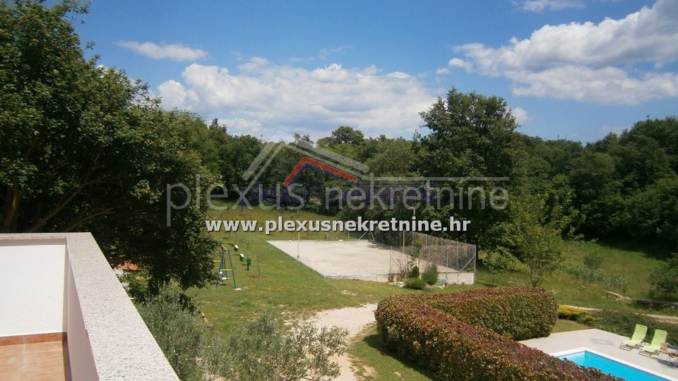 Estate, 10000 m2, For Sale, Žminj