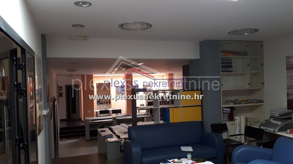Atraktivan poslovni prostor: Split Firule, 250 m2