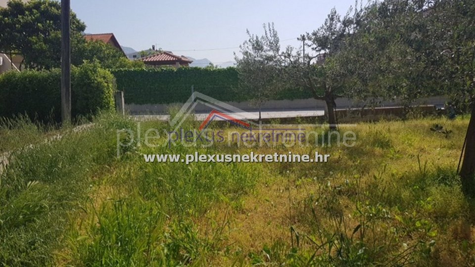 Land, 1710 m2, For Sale, Kaštel Lukšić