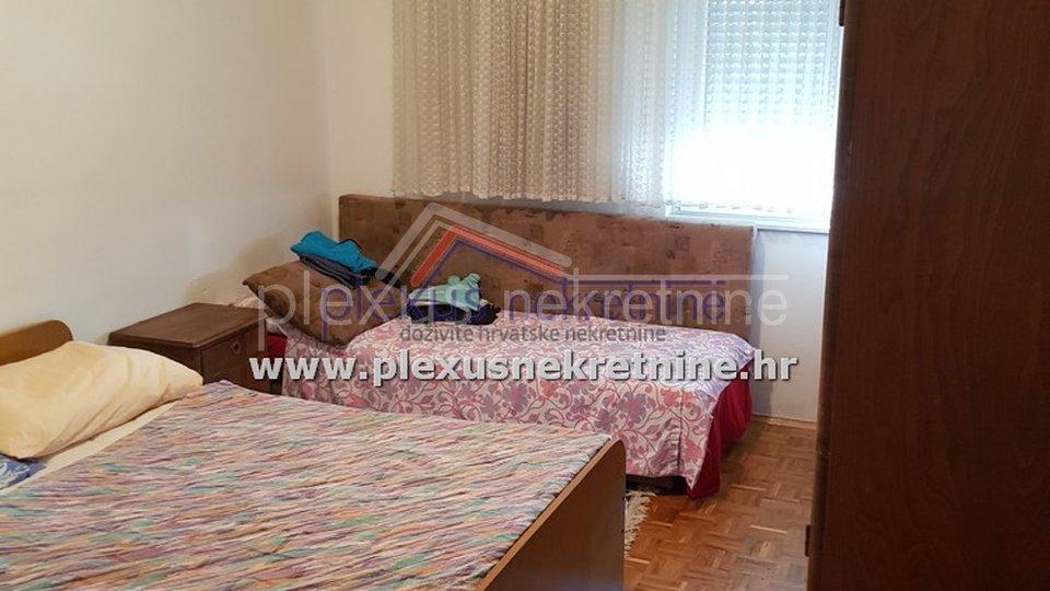 House, 200 m2, For Sale, Kaštel Štafilić