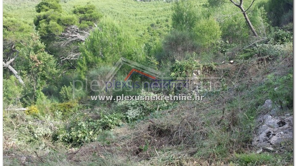Land, 752 m2, For Sale, Split - Žrnovnica