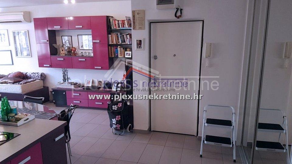 Jednosoban namješten stan: Split, Gripe, 58 m2