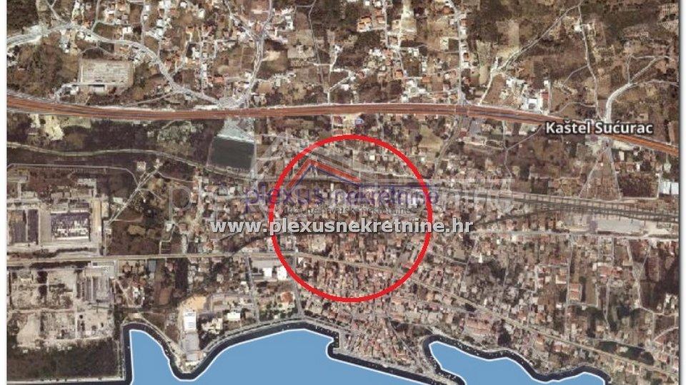 Građevinsko zemljište: Split - okolica, Kaštel Sućurac, 702 m2