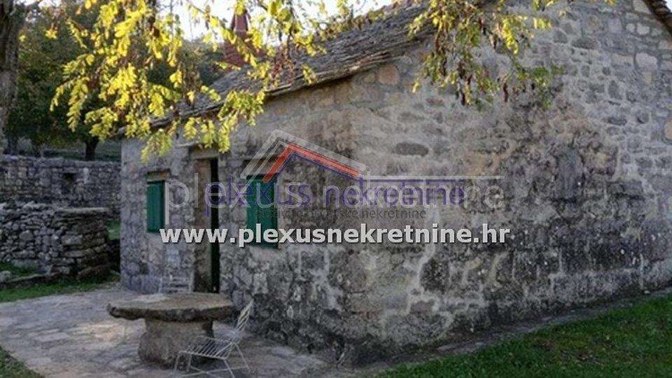 SNIŽENO! Kamena kuća za odmor: Brač, Gažul, 45 m2