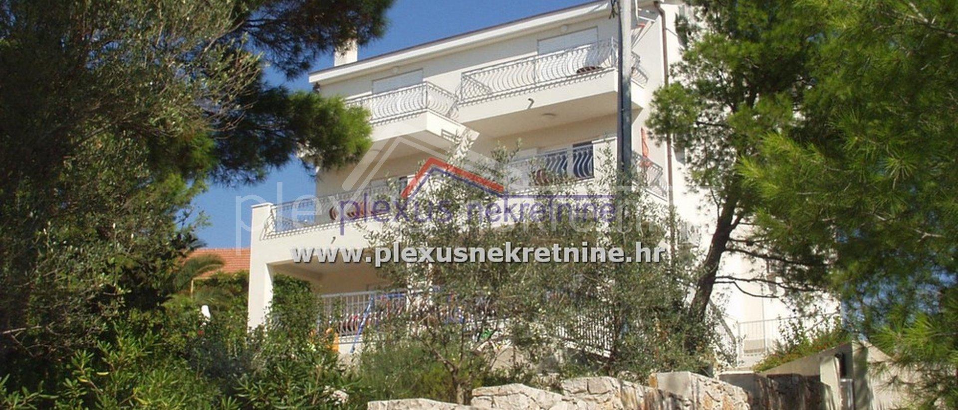 Haus, 448 m2, Verkauf, Šolta - Nečujam