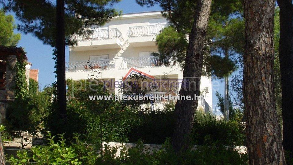 House, 448 m2, For Sale, Šolta - Nečujam