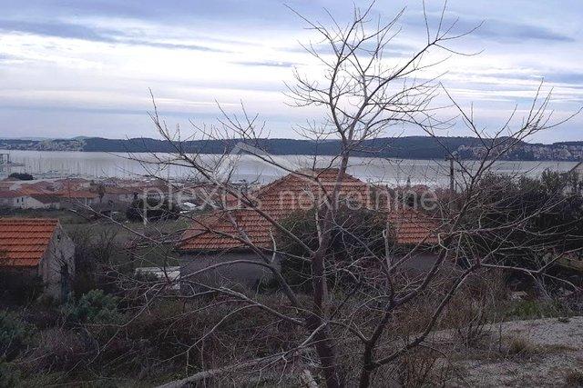 Land, 558 m2, For Sale, Seget Donji