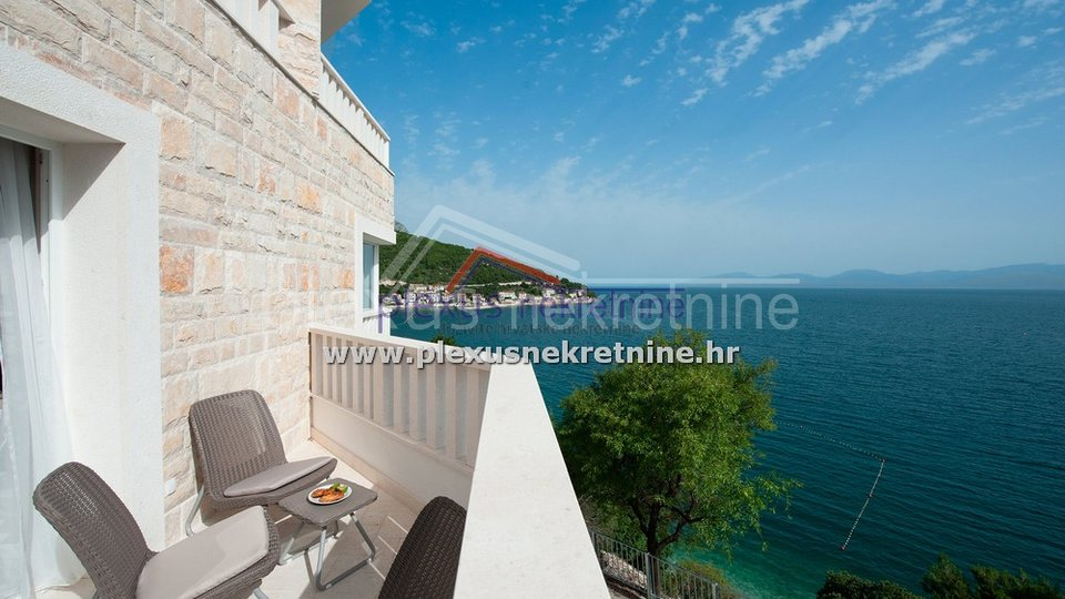 House, 400 m2, For Sale, Gradac - Drvenik