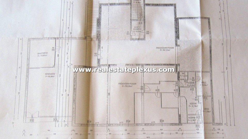 Haus, 1230 m2, Verkauf, Split - Meje