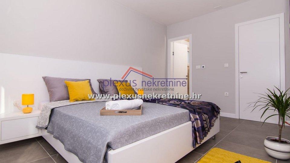 Hiša, 202 m2, Prodaja, Kaštel Kambelovac