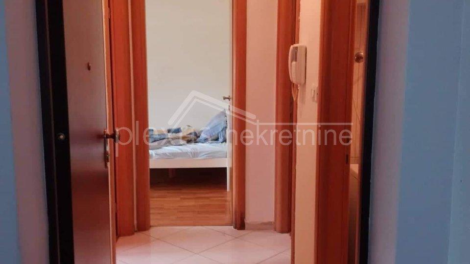 Dvosoban komforan stan novije gradnje: Split, Mejaši, 53 m2