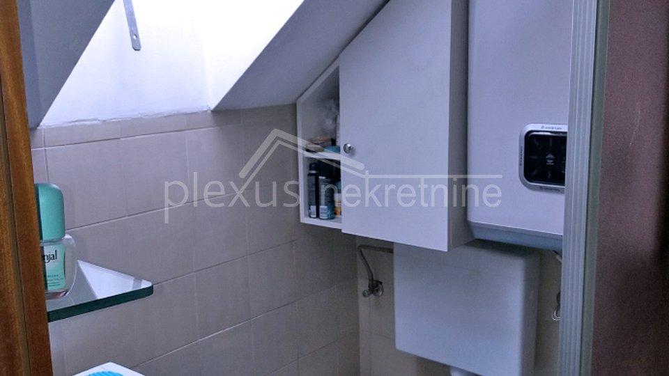 Dvosoban stan u obiteljskoj kući: Split, Lučac, 40 m2