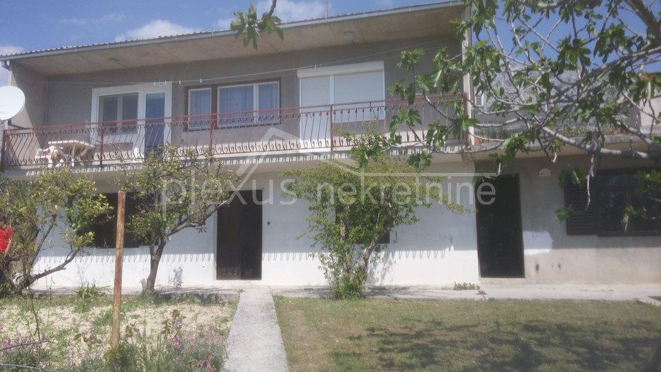 House, 198 m2, For Sale, Solin - Sveti Kajo