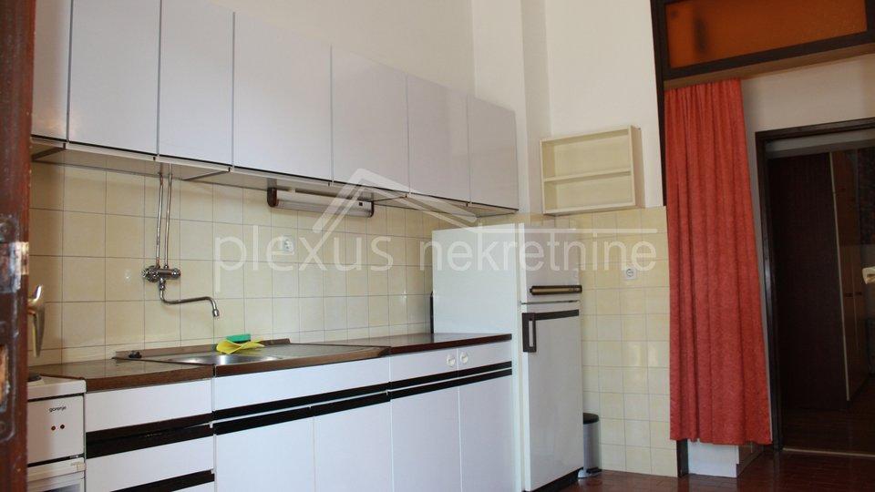 Holiday Apartment, 150 m2, For Sale, Split - Trstenik