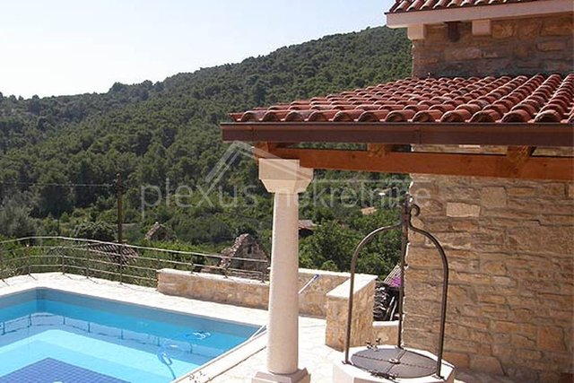 House, 88 m2, For Sale, Šolta - Gornje Selo