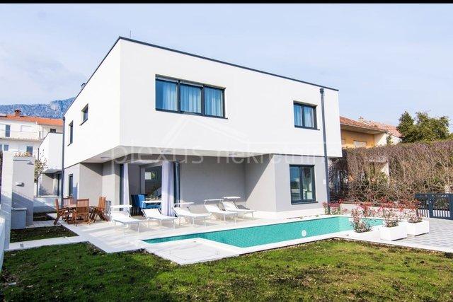 Haus, 202 m2, Verkauf, Kaštel Kambelovac