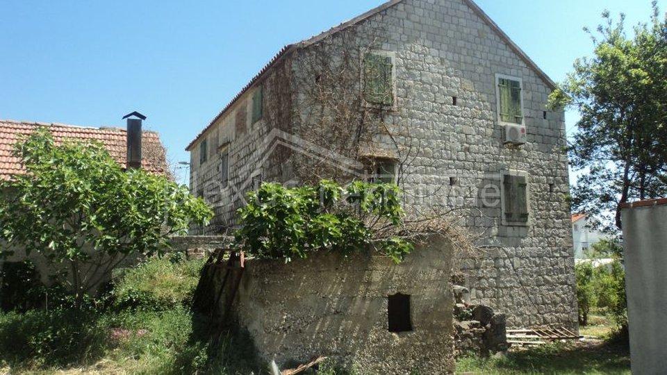 Casa, 340 m2, Vendita, Kaštel Kambelovac