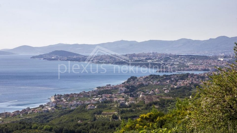 Građevinsko zemljište s pogledom na more: Gornja Podstrana, 3400 m2