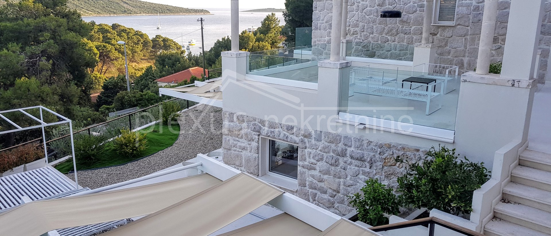 House, 808 m2, For Sale, Primošten