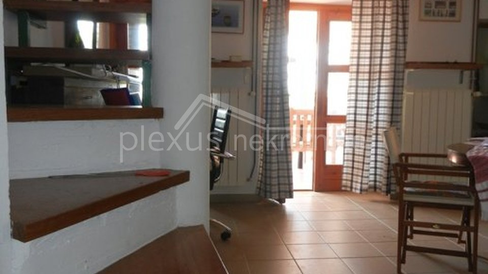 House, 145 m2, For Sale, Tisno
