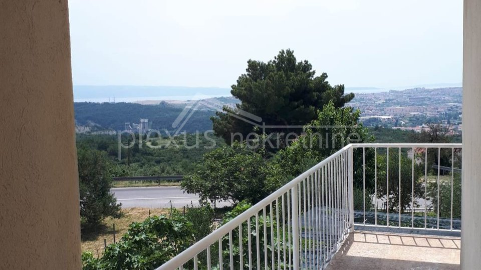 House, 100 m2, For Sale, Solin - Gornja Rupotina