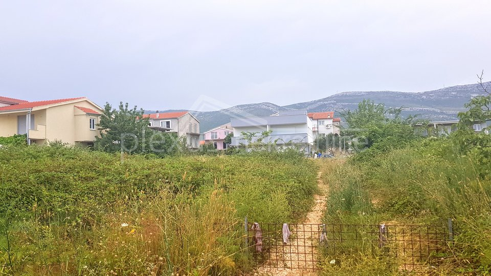 Land, 865 m2, For Sale, Kaštel Novi