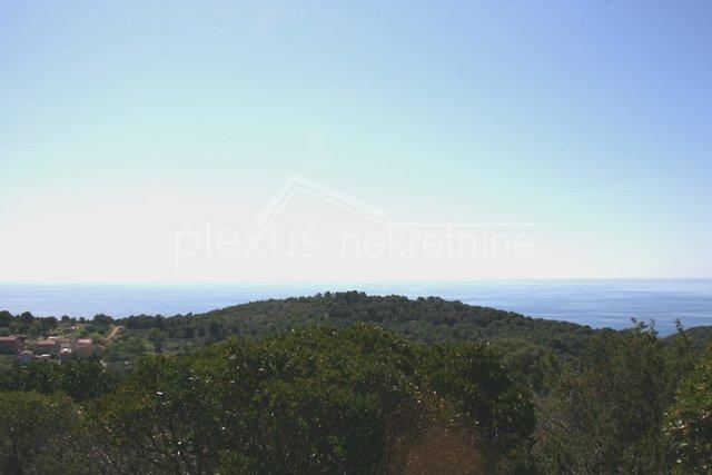 Poljoprivredno zemljište s pogledom na more: Vis, Voliok, 4105 m2