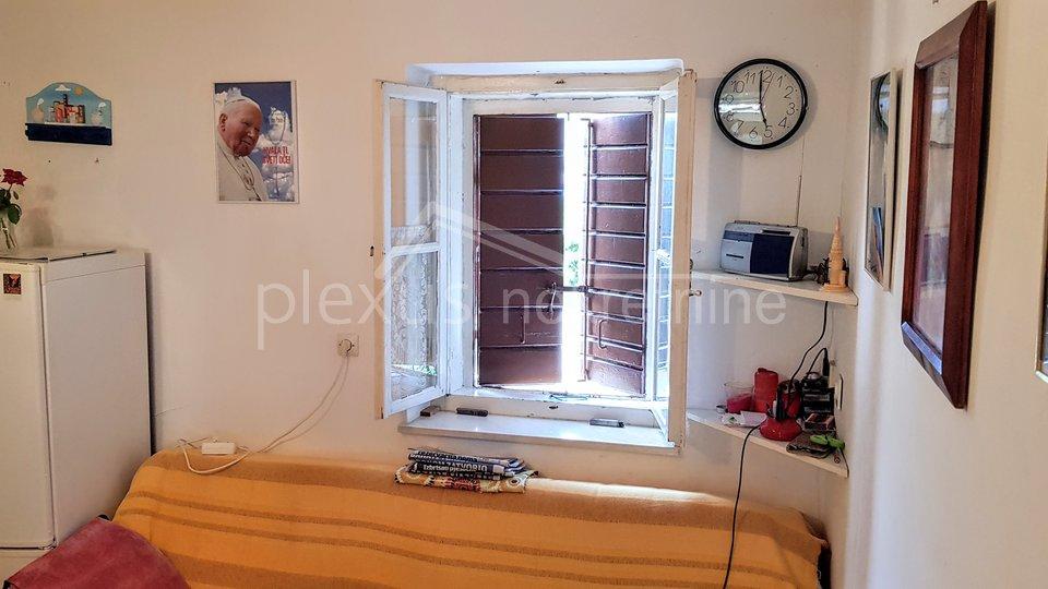 Casa, 150 m2, Vendita, Okrug - Okrug Donji