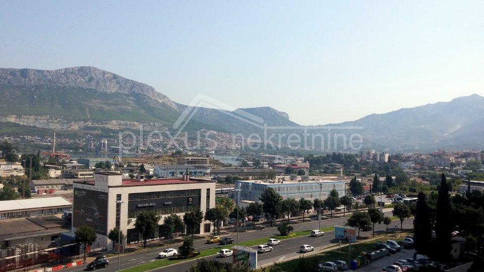 Trosoban komforan stan: Split, Kman, 86 m2