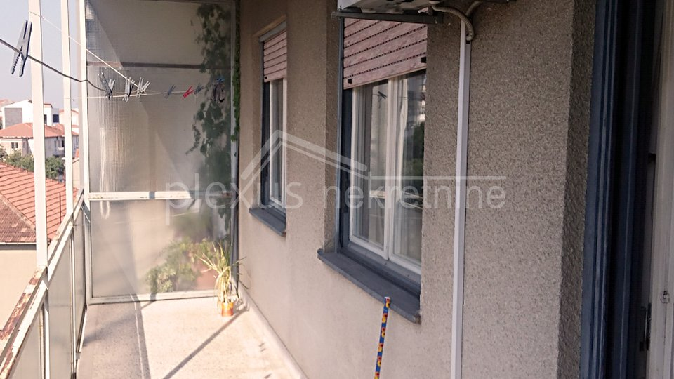 Namješten dvosoban stan: Split, Kman, 57 m2