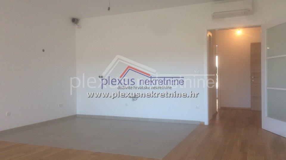 Appartamento, 97 m2, Vendita, Makarska
