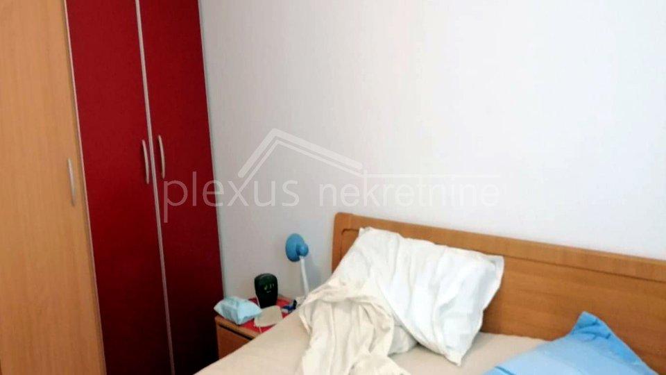 Renoviran i namješten stan: Split, Blatine, 78 m2 ili ZAMJENA za manji