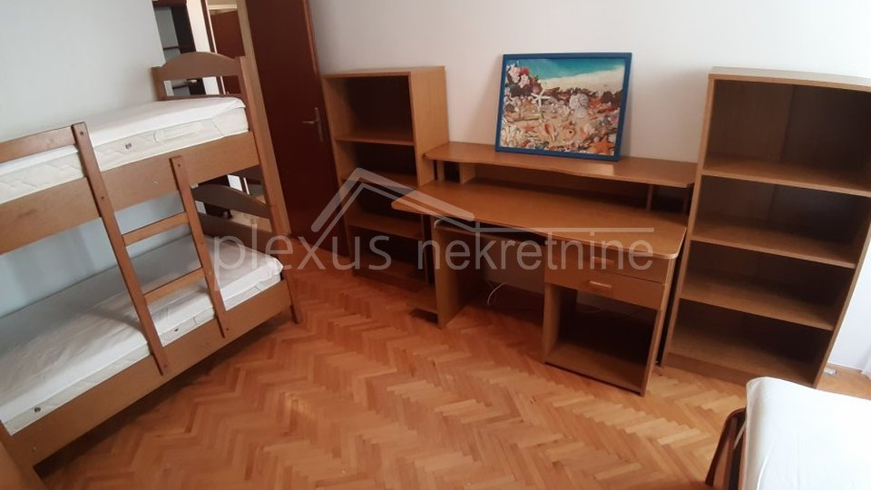 DUGOROČNI NAJAM - Dvosoban stan: Split, Mertojak, 70 m2