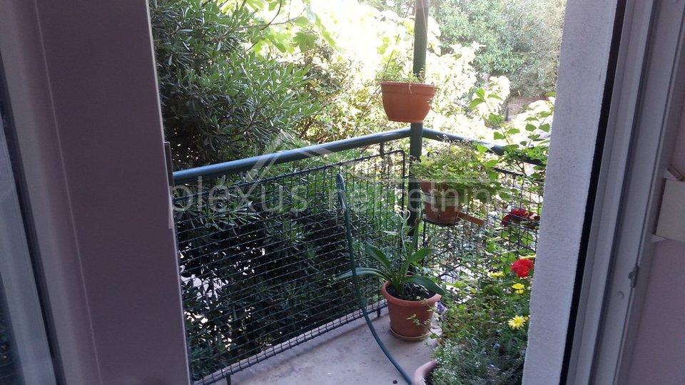 stan garaža balkon vrt split bačvice