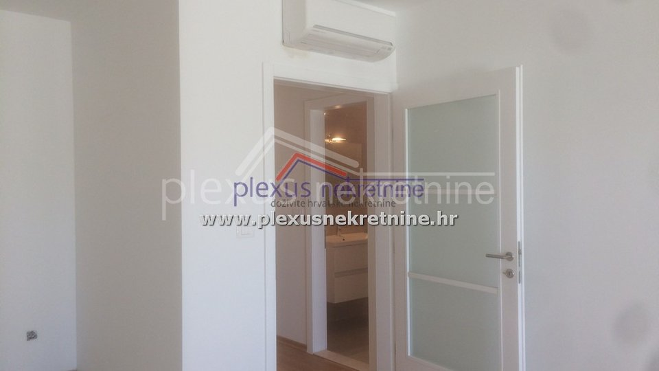 Apartment, 80 m2, For Sale, Makarska