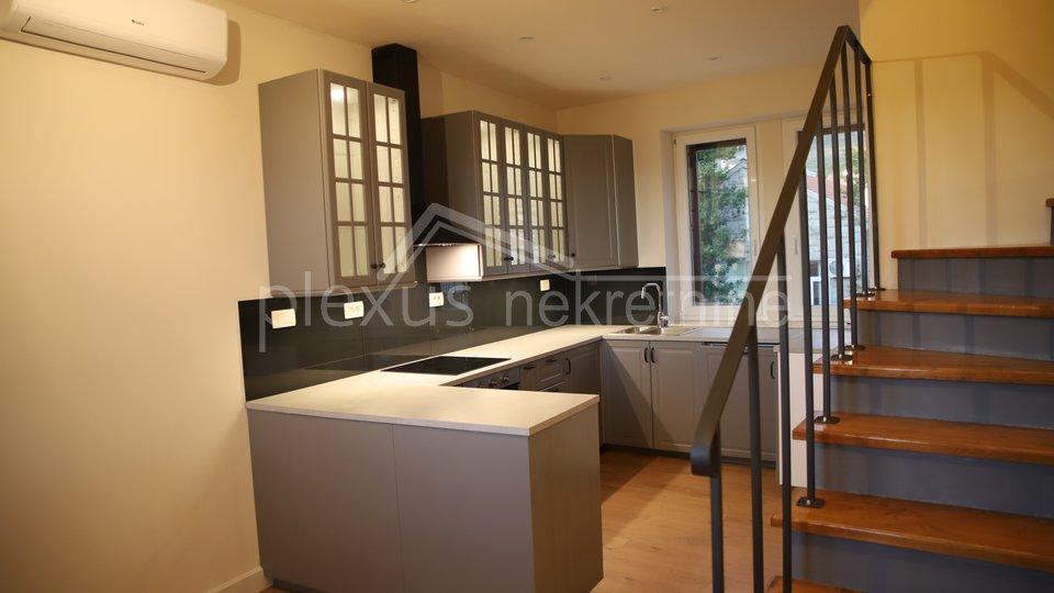 House, 240 m2, For Sale, Kaštel Sućurac