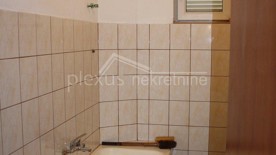 House, 480 m2, For Sale, Kaštel Stari