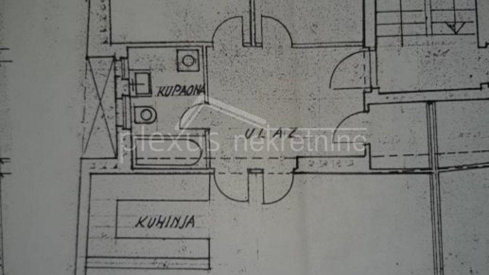 Dvosoban stan u manjoj zgradi: Split, Spinut, 90 m2