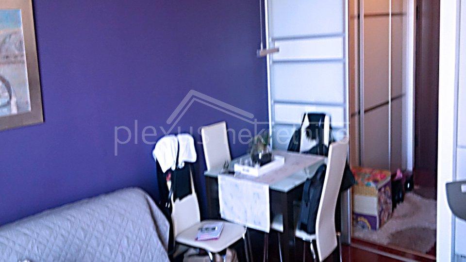 ISKLJUČIVO ZAMJENA! Namješten stan - garsonijera: Split, Blatine, 23 m2